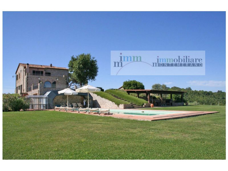 Azienda Agricola con Casale in vendita Maremma Toscana 804A, con piscina e meraviglioso giardino nei pressi del Borgo di Manciano