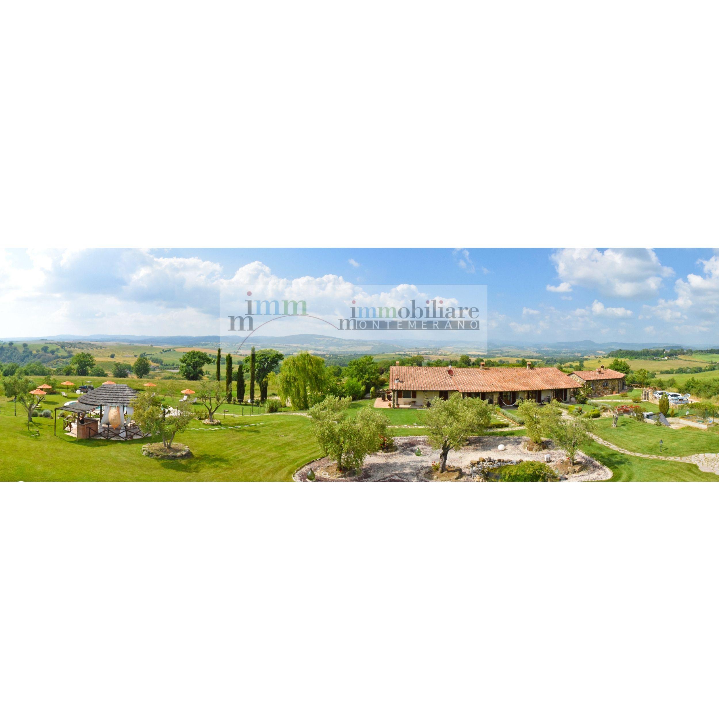 casali in pietra e piscina Saturnia 186B a pochi km dallo splendido Borgo medievale di Montemerano e dalle famose acque termali